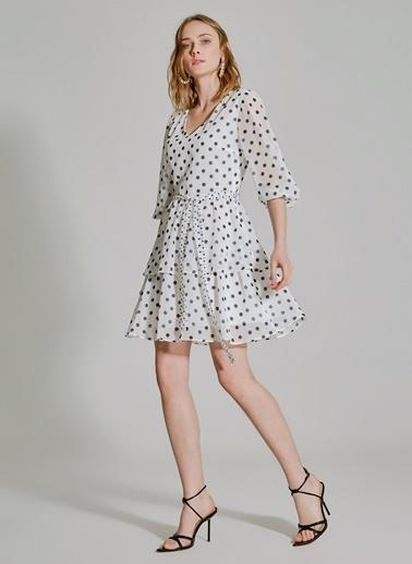 People By Fabrika Puantiyeli Bağlamalı Elbise Beyaz